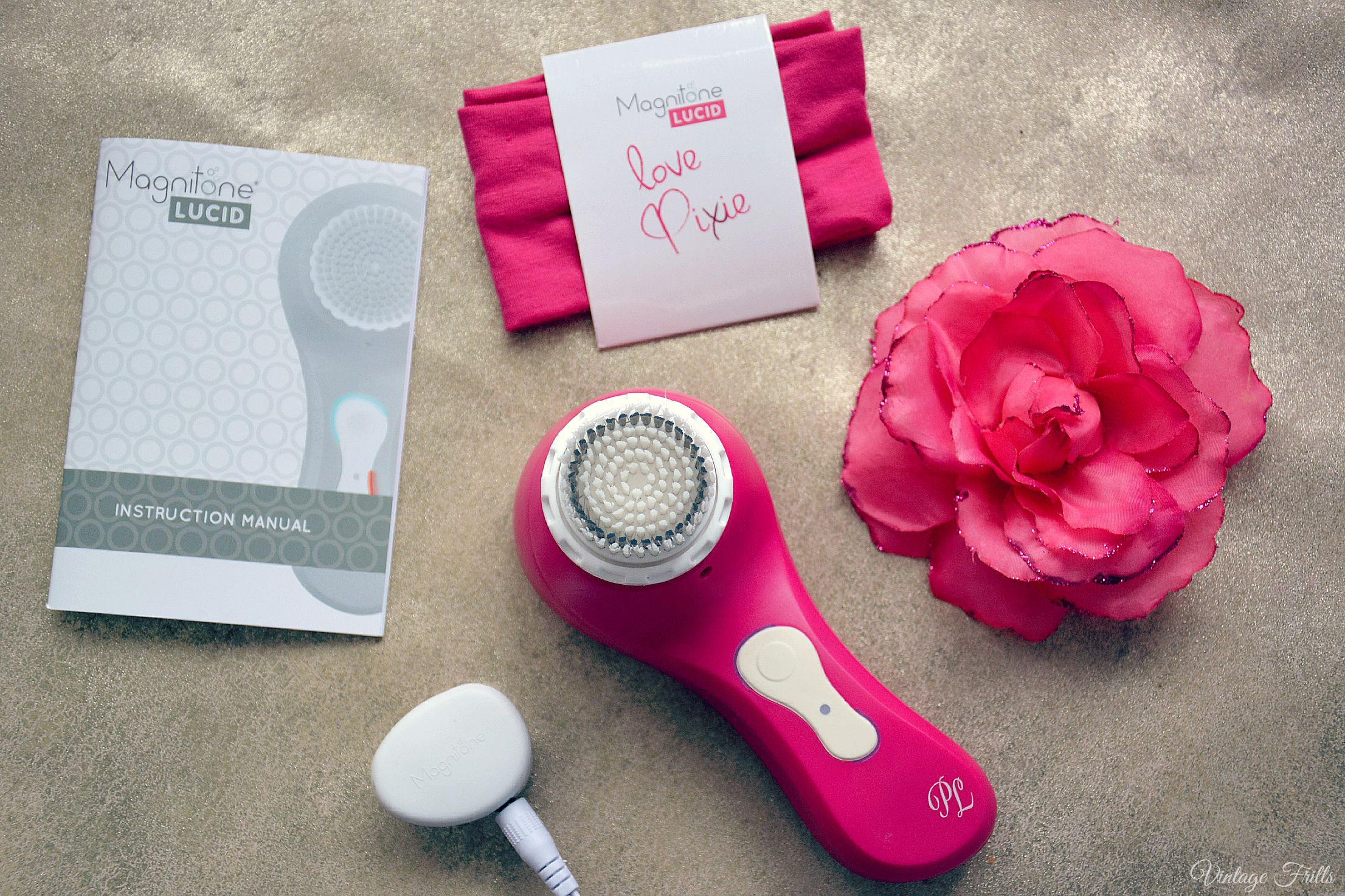 Magnitone Lucid Review Cleansing Brush