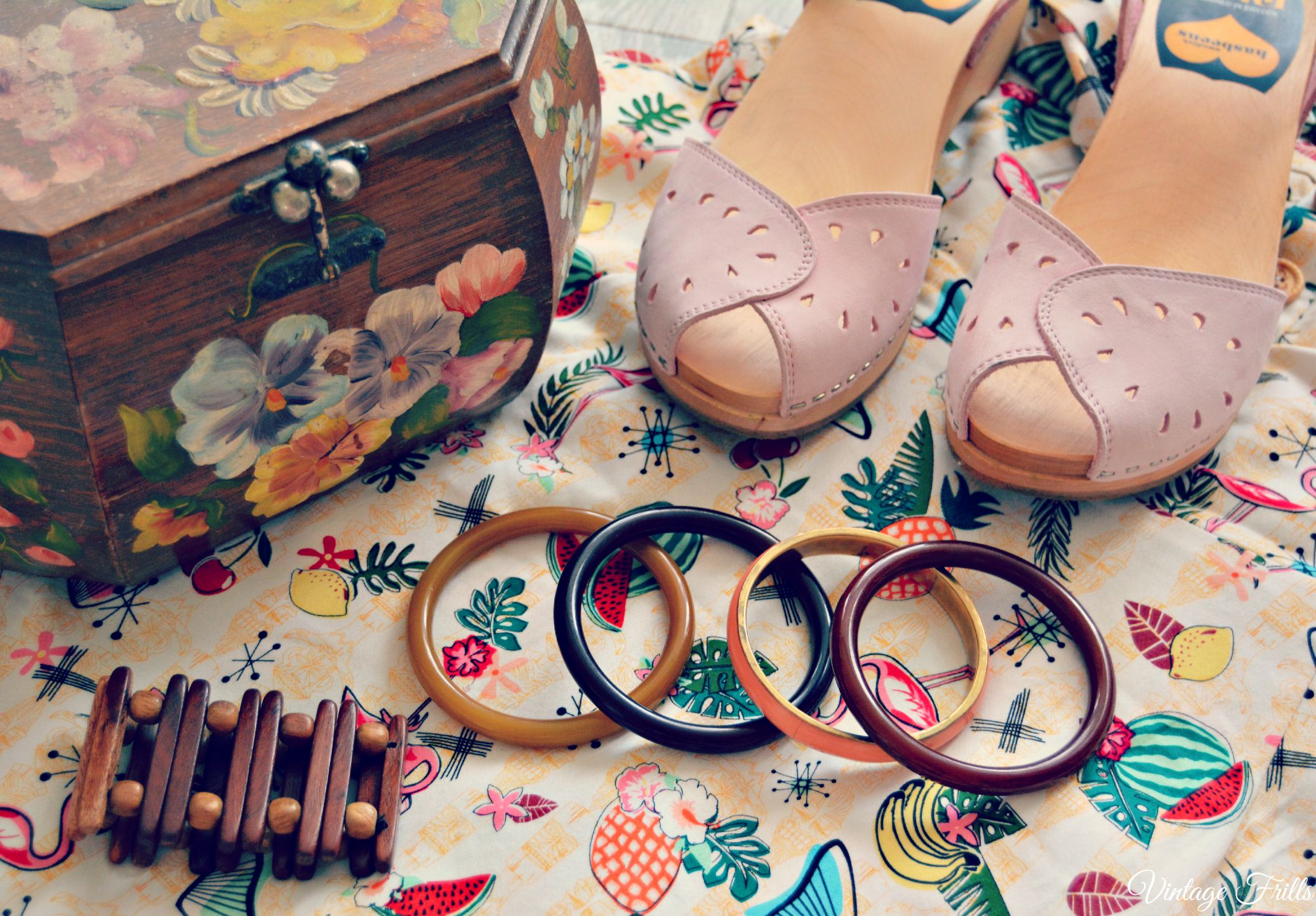 Vintage Box Bag, Bangles and Pink Swedish Hasbeens