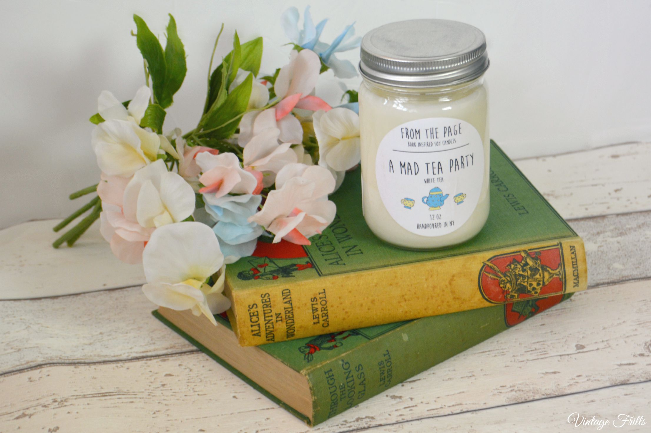 Literary Candles from Uncommon Goods – The Perfect Gift For Book Lovers