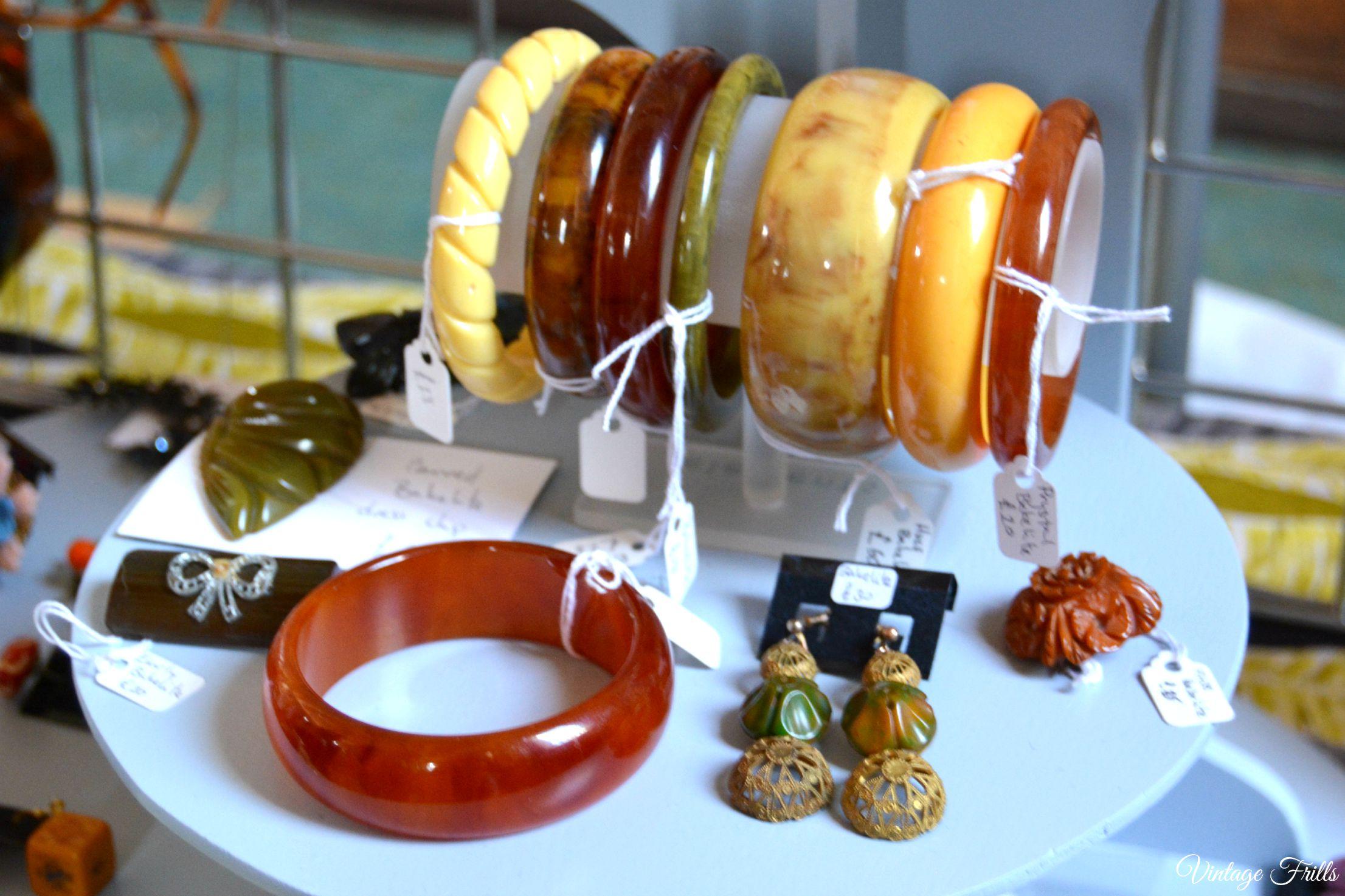 Mid Century Market Vera Mode Bakelite Jewellery