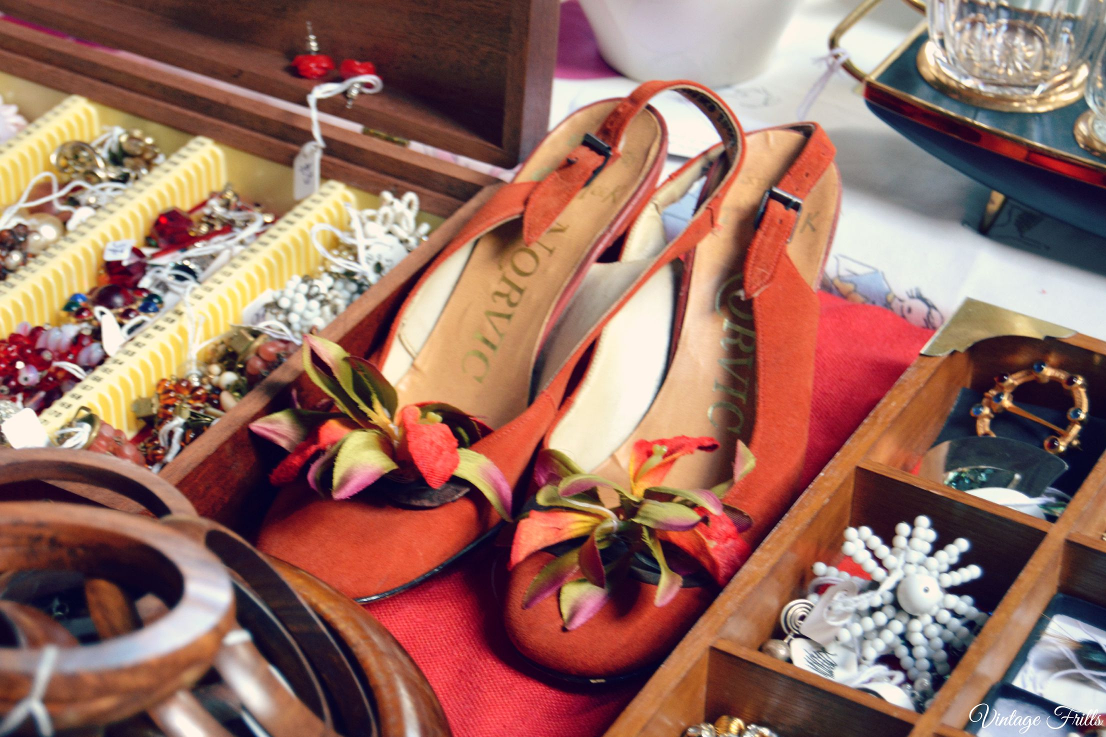 Vintage Shoes and Jewellery Mid Century Market