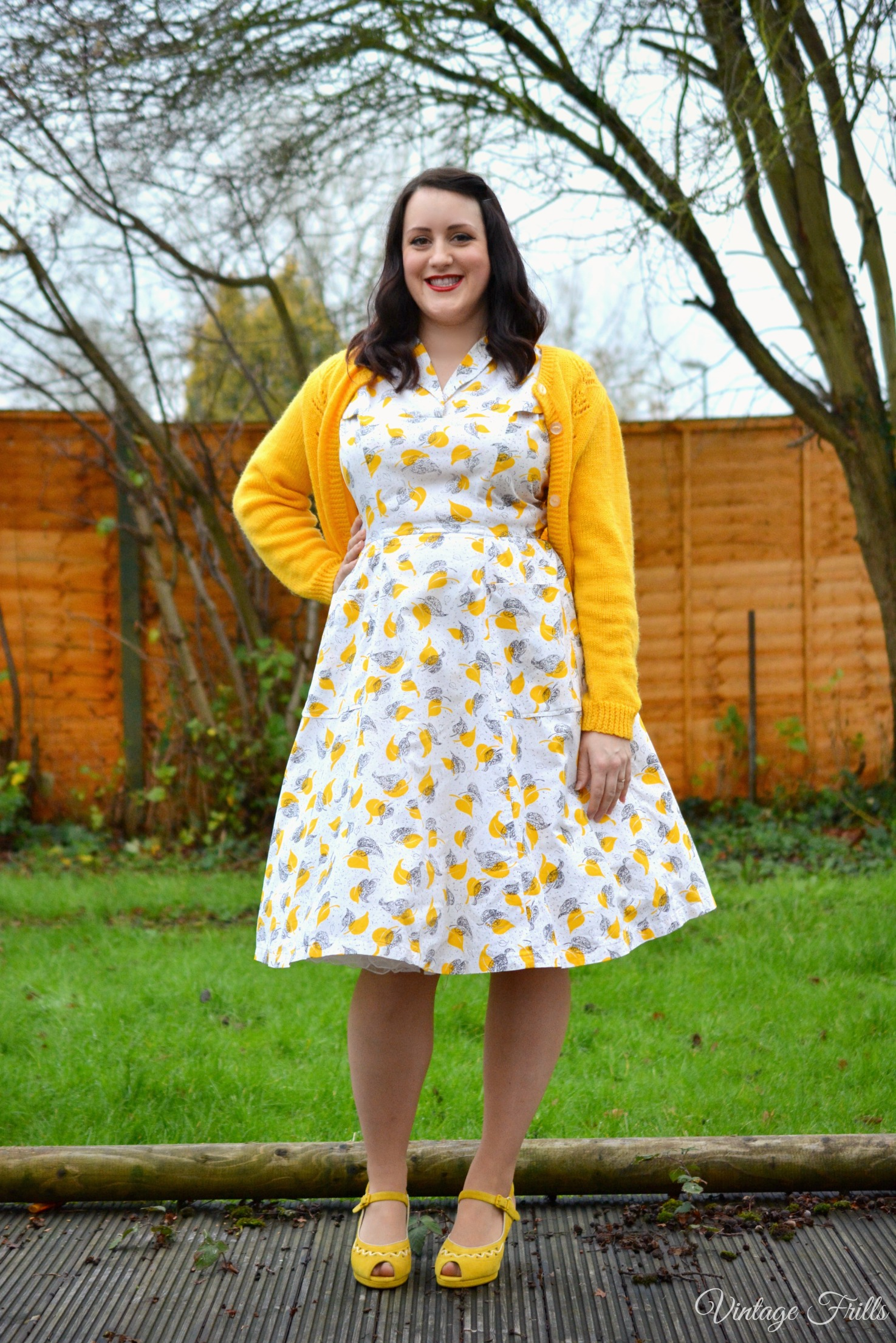 My Vintage Favourites No 2 – Mustard Print 1950s Dress OOTD