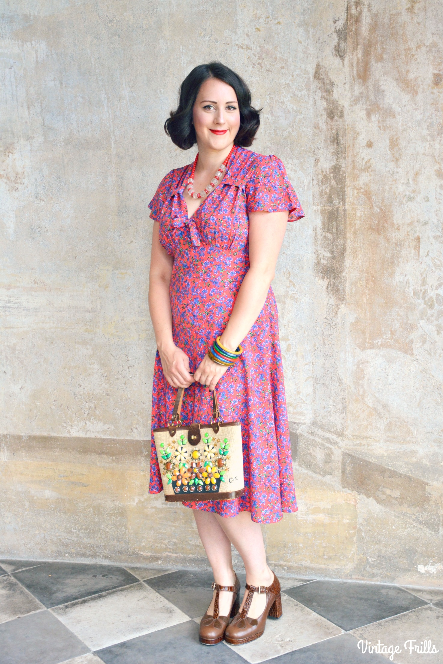 Pretty Retro 40s Style Tea  Dress Review