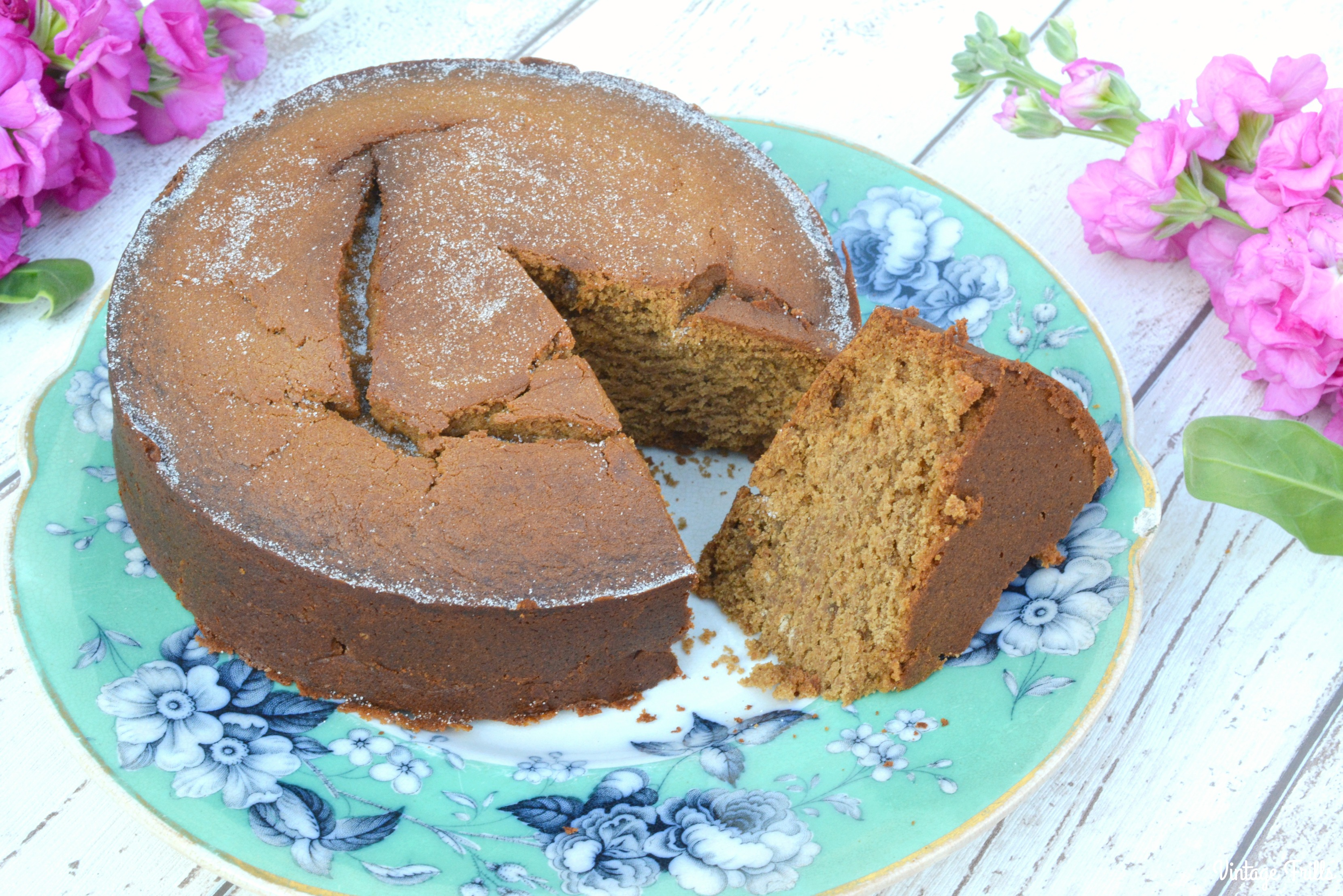 vintage-black-treacle-cake-recipe