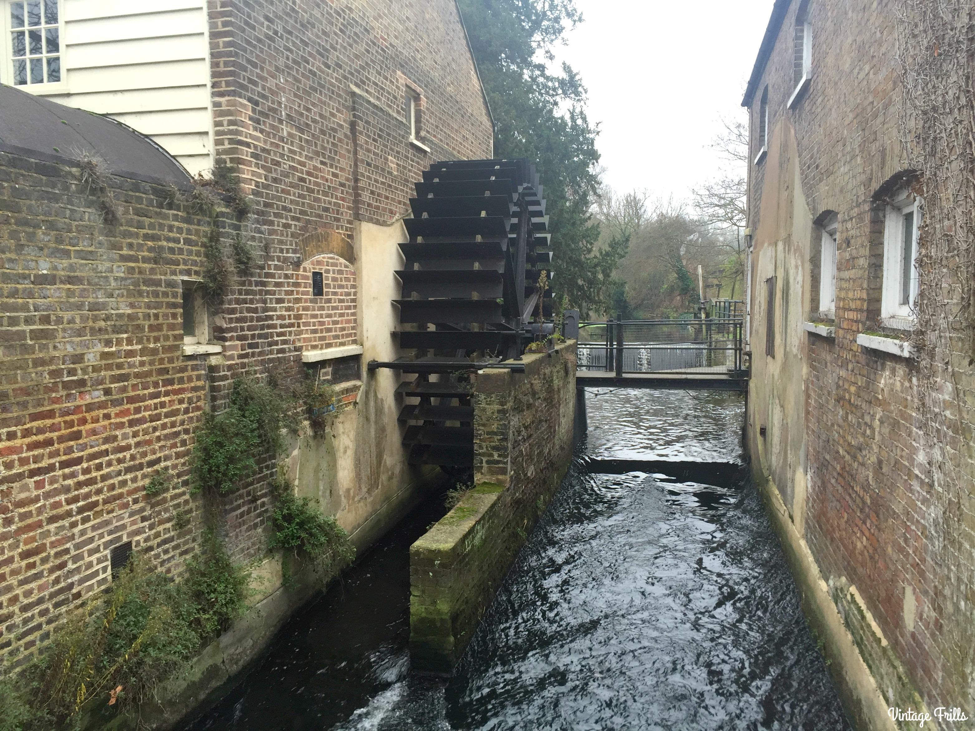 morden-hall-park-water-wheel