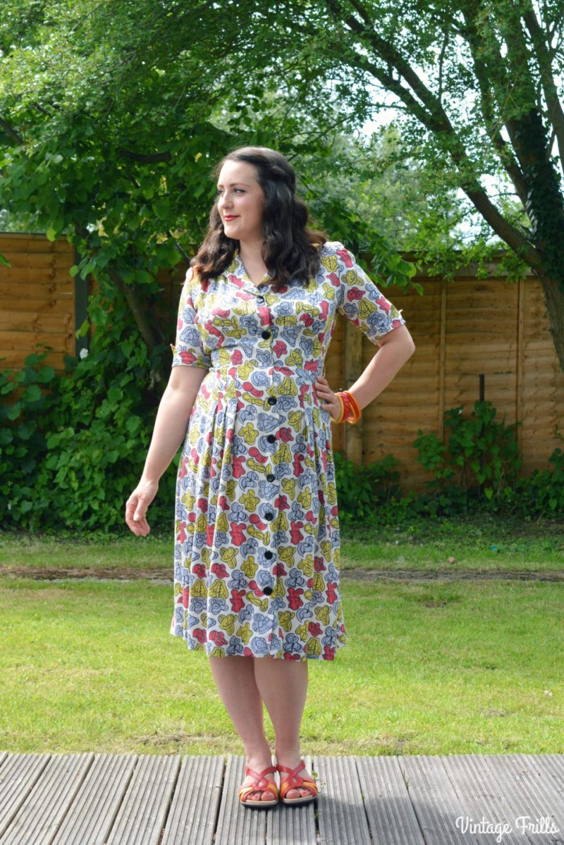 A 1940s Dress and Hotter Flare Sandals #OOTD