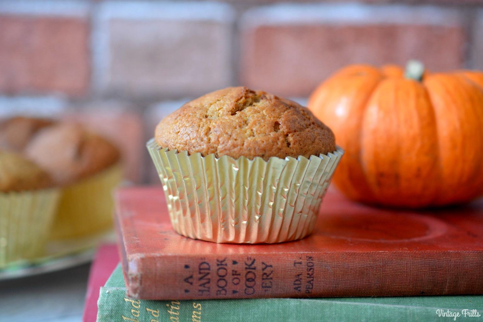 Pumpkin Spice Muffins Recipe - Vintage Frills